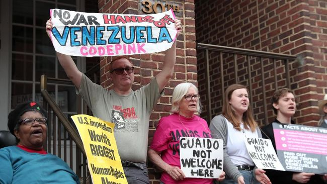 AS Usir Demonstran Pro-Maduro yang Duduki Kedubes Venezuela