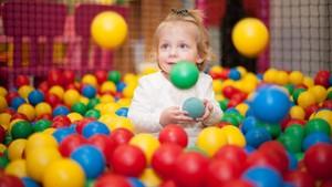 Peneliti Temukan Bakteri Meningitis di Kolam Bola Anak