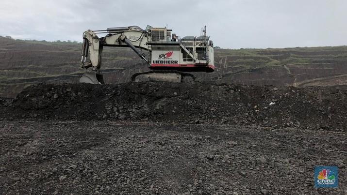 Harga batu bara Newcastle kembali terkoreksi akibat blokade impor batu bara di sejumlah pelabuhan utama China.