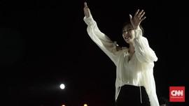 Cerita Wendy 'Red Velvet' Gugup Tatap Mata John Legend