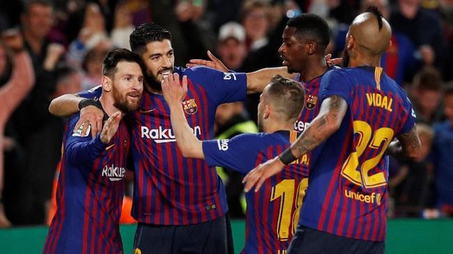 Gol tunggal Lionel Messi cukup mengantar Barcelona menang 1-0 atas Levante sekaligus memastikan gelar juara La Liga Spanyol 2018/2019. (REUTERS/Albert Gea)