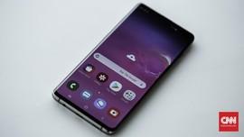 Samsung Galaxy S10+, Wajah Satu Dekade yang Nyaris Sempurna