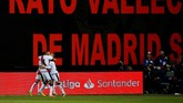 Rayo Vallecano berhasil mempertahankan keunggulan 1-0 hingga akhir pertandingan. (REUTERS/Javier Barbancho)