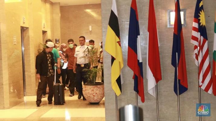 Penampakan 2 Koper Hasil Penggeledahan KPK di Kantor Mendag
