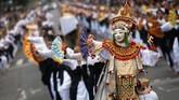 Tak hanya di Jawa, Bali pun ikut merayakan Hari Tari Sedunia lebih dulu, Minggu (28/4). (REUTERS/Johannes Christo)