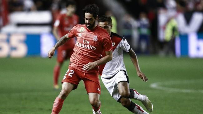 Setelah tertinggal 0-1, Real Madrid berusaha keras mengejar ketinggalan. (Photo by BENJAMIN CREMEL / AFP)