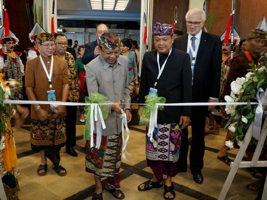 Setelah resmi bergabung menjadi anggota Organitation World Heritage City (OWHC) pada tahun 2013 lalu dan sukses menggelar Konferensi Strategic Meeting OWHC Asia Pasific pada tahun 2016, kini dunia internasional kembali mengapresiasi ibukota Provinsi Bali ini dengan mempercayai Denpasar sebagai tuan rumah penyelenggaraan International Conference OWHC Eurasia IX. Foto: dok. Pemkot Denpasar