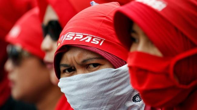 Asosiasi juga meminta meminta pemerintah untuk memperketat aturan kerja bagi tenaga kerja asing(REUTERS/Willy Kurniawan)