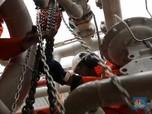 Cerita dari Lepas Pantai: Menantang Maut di Tengah Laut