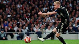Bintang Ajax Ingin Dilatih Carlo Ancelotti