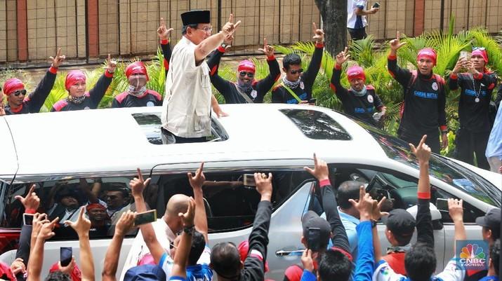 May Day, Prabowo: Kalian Tahu Siapa Akan Pimpin Ekonomi Kita?