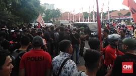 Polisi Pulangkan Dua Mahasiswa Surabaya Peserta Aksi May Day