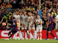 Tendangan Bebas Messi Buat Liverpool Merana