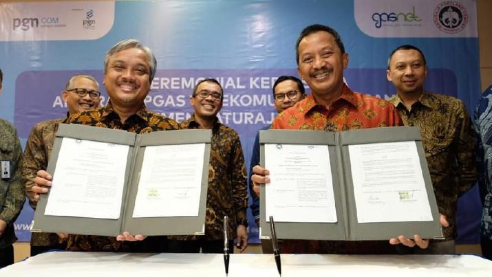 PT PGN Telecommunication Nusantara (Pgascom) menjalin kerjasama dengan PT Semen Baturaja Tbk. (SMBR) untuk melayani sejumlah kebutuhan internet.