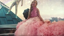 Taylor Swift Bakal Hadirkan 'Deadpool' di Video Musik Terbaru