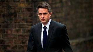 Menhan Inggris Dipecat karena Kebocoran Informasi soal Huawei