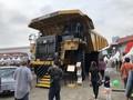 Truk Tambang 'Geruduk' Pameran Otomotif di Kemayoran
