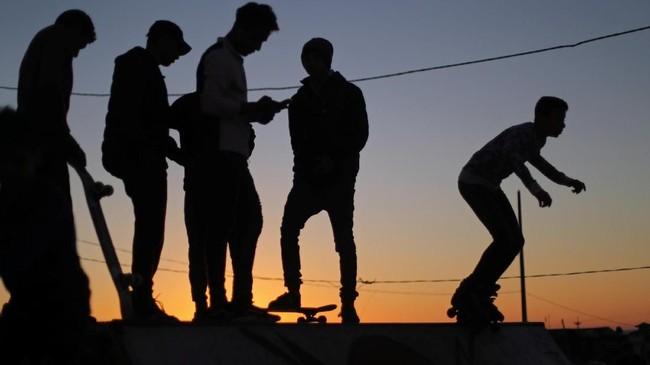 Taman skateboard di Gazabisa jadi satu-satunya kawasan yang paling hidup dan masih memiliki aura ceria.