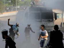 Ricuhnya Perebutan Kekuasaan di Venezuela