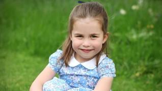 Senyum Manis Putri Charlotte di Ulang Tahun Keempatnya