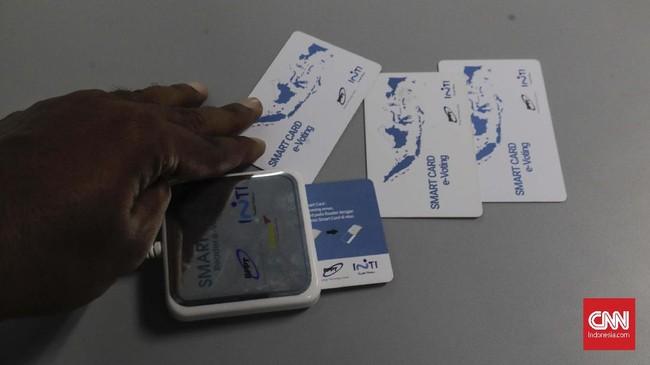 Proses e-Voting sendiri telah dibahas dan dikaji pula tingkat penggunaannya oleh Kementerian Dalam Negeri.(CNN Indonesia/Adhi Wicaksono)