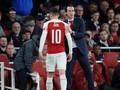 Ribut dengan Emery, Oezil Masuk Daftar Jual Arsenal