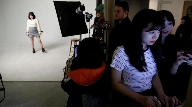 Nao Niitsu mengaku mengetahui beratnya menjalani pelatihan jadi idola. Ia tetap tak keberatan tidak memiliki kebebasan melakukan yang diinginkannya. (REUTERS/Kim Hong-Ji)