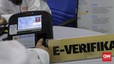 E-rekapitulasi merupakan pilihan inovatif yang diharapkan mampu mencegah aspek manipulasi data. (CNN Indonesia/Adhi Wicaksono)