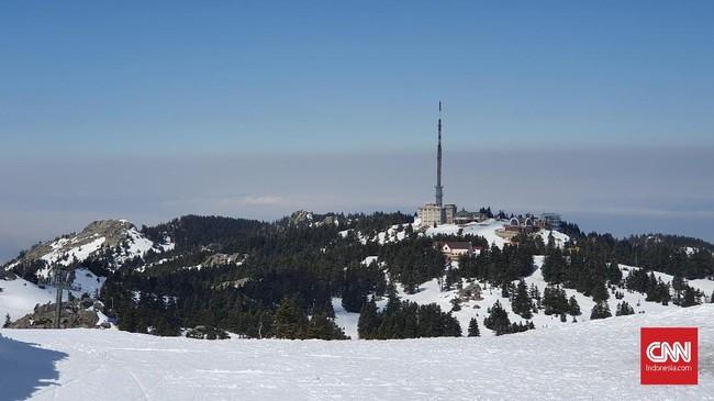 Tak jauh dari Istanbul, Turki juga memiliki Pegunungan Uludag yang terkenal dengan salju abadinya. (CNNIndonesia/Agustiyanti)