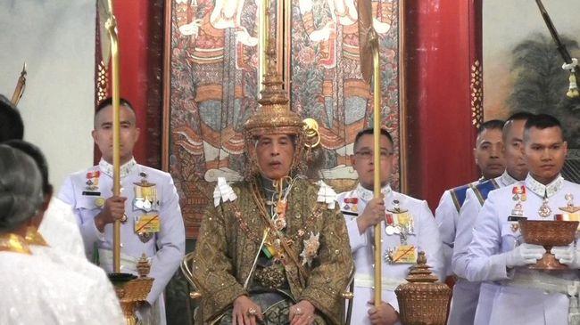 Maha Vajiralongkorn Resmi Duduki Takhta Raja Thailand