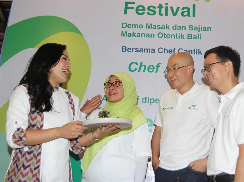 Freegas yang diluncurkan oleh Actavis Indonesia ini merupakan suplemen makanan yang mengandung 8 jenis enzim yang dapat membantu menjaga kesehatan pencernaan, mengurangi kembung dan rasa tidak nyaman di perut setelah makan. Foto: dok. Actavis