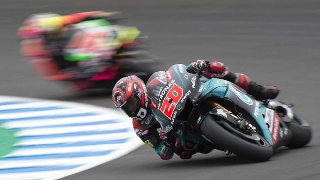 Fabio Quartararo menjadi yang tercepat pada babak kualifikasi MotoGP Spanyol 2019 dengan catatan waktu 1 menit 36,880 detik. (JORGE GUERRERO / AFP)