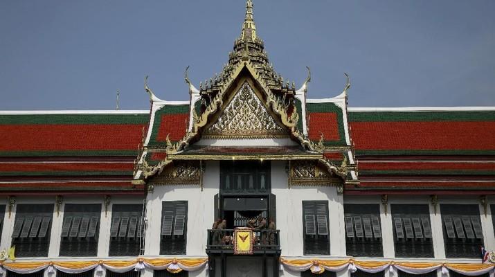 Program pengembangan 10 destinasi baru setingkat Bali diharapkan bisa mengejar ketertinggalan dengan Thailand.