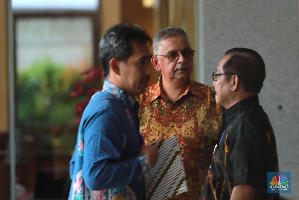Sofyan merupakan orang kelima yang ditetapkan KPK sebagai tersangka dalam pusaran kasus dugaan suap PLTU Riau-1. Sebelumnya, ada Eni Saragih, Johanes Kotjo, Idrus Marham, dan Samin Tan, yang telah menjadi tersangka. (CNBC Indonesia/Muhammad Sabki)