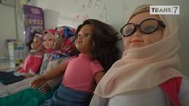 VIDEO: Di Balik 'Barbie' Muslimah Asal Australia