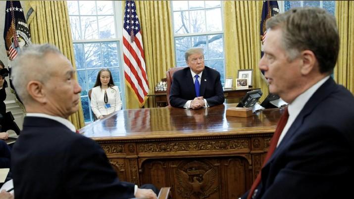 Trump juga mengatakan perjanjian apapun dengan China tidak mungkin adil sepenuhnya atau 50-50 bagi kedua belah pihak.