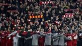 Liverpool berhasil membuat sejarah dengan menang 4-0 di leg kedua semifinal Liga Champions setelah di leg pertama menelan kekalahan 0-3 saat laga berlangsung di Stadion Camp Nou. (Reuters/Carl Recine)