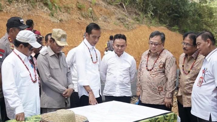 Pekan ini menjadi waktu sibuk bagi Presiden Joko Widodo (Jokowi) mencari tempat yang pas untuk ibu kota Indonesia yang baru.