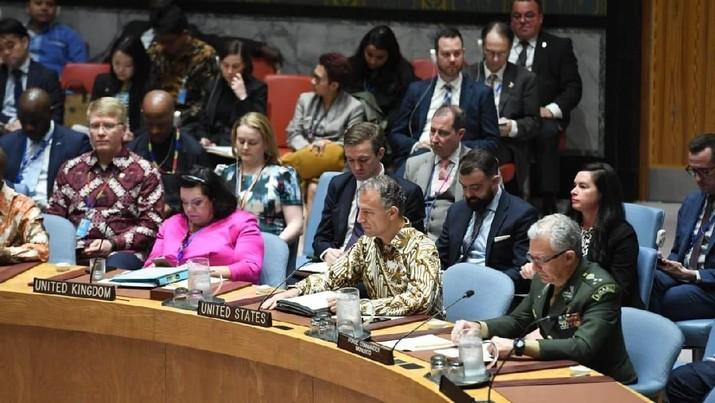 Batik di Sidang Dewan Keamanan PBB, Selasa (7/5/2019). (Foto: PBB)