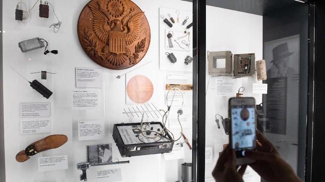 Menjelang musim panas tahun ini, ada sejumlah benda pameran baru yang bakal dipajang. (SAUL LOEB / AFP)
