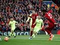 Liverpool Ungguli Barcelona di Babak Pertama