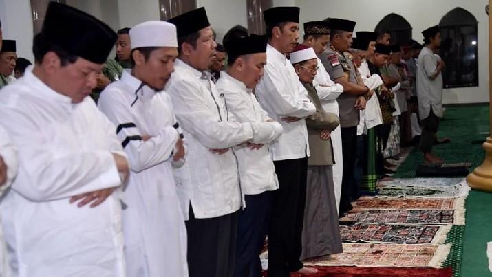 Pemerintah mengimbau semua kegiatan terkait puasa Ramadhan untuk dilakukan di rumah.