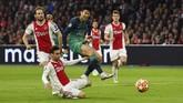 Song Heung-min tidak bisa menambah perbendaharaan golnya saat menyingkirkan Ajax Amsterdam pada leg kedua semifinal Liga Champions di StadionJohan Cruijff Arena. Penyerang sayap Korea Selatan itu telah mencetak empat gol di Liga Champions musim ini. (REUTERS/Dylan Martinez)