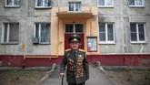 Demi menyampaiakan pesan tersebut, Begayev mengikuti pawai peringatan akhir Perang Dunia di Eropa pada Kamis (9/5). (Reuters/Maxim Shemetov)