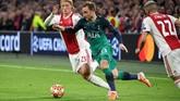 Gelandang Tottenham Hotspur, Christian Eriksen, untuk kedua kalinya menghadapi Ajax Amsterdam di semifinal Liga Champions. Eriksen tercatat melepaskan tiga upaya mencetak gol salah satunya tepat sasaran. (REUTERS/Piroschka Van De Wouw)
