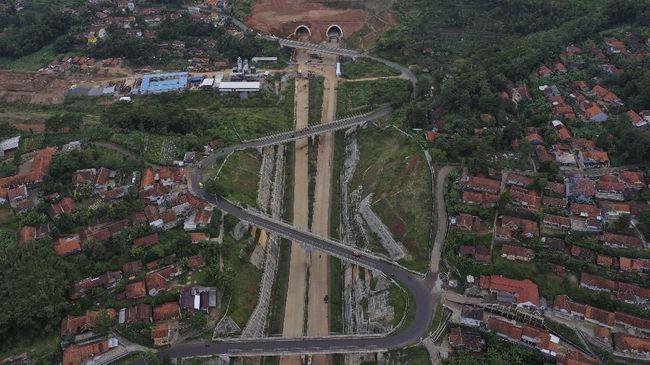 Pembangunan Tol Cisumdawu Masih Terkendala Lahan