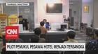 VIDEO: Pilot Pemukul Pegawai Hotel Menjadi Tersangka