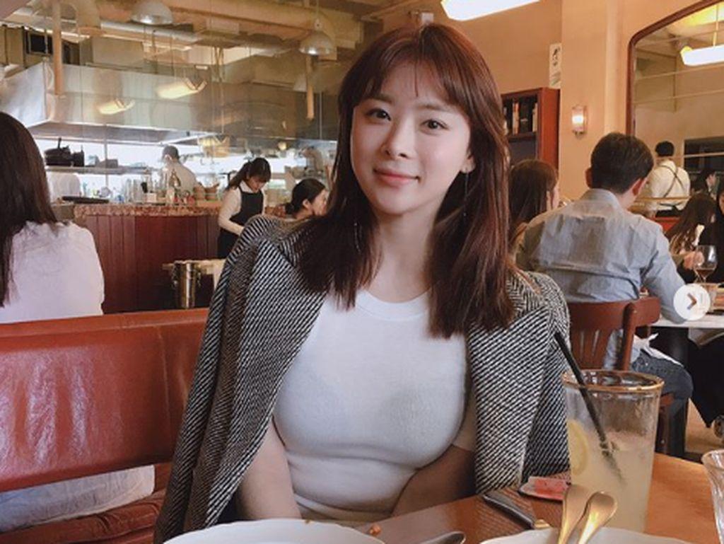 Han Ji Seong dikenal sebagai pribadi yang ramah dan memiliki bakat nyanyi.Dok. Instagram/lovely_shyong