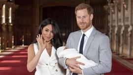 Harry-Meghan Unjuk Foto Kebersamaan Usai Pembaptisan Archie
