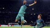 Lucas Moura menjadi bintang kemenangan Tottenham Hotspur atas Ajax Amsterdam dengan menciptakan hattrick pada laga leg kedua semifinal Liga Champions di Johan Cruyff Arena. (Reuters/Matthew Childs)